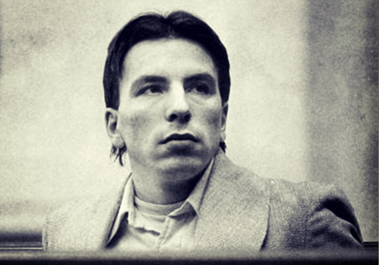 5 Terrifying Real-Life Cases of Serial Killers who Believed they were Vampires