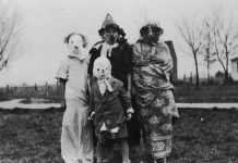 25 Creepy Vintage Halloween Costumes that Will Give You Nightmares