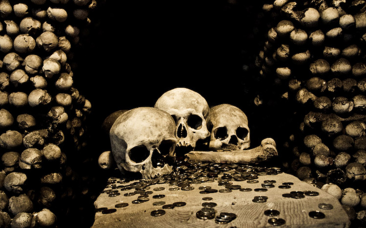 10 Creepiest Crypts and Catacombs You Can Visit around the ...