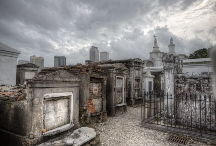 Ghost Cemetery Tour Of New Orleans
