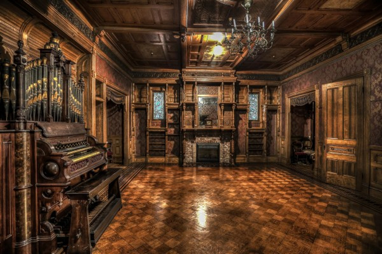 Cursed by Spirits: The Strange Tale of the Winchester Mystery House