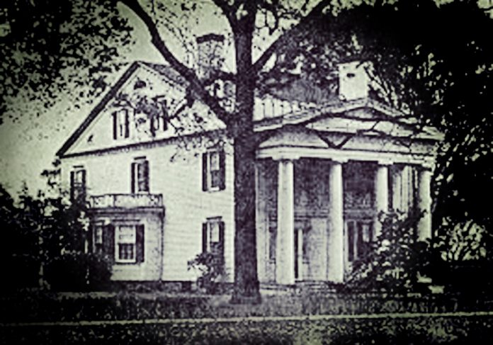 Stratford Poltergeist: The Eerie Mystery of the Phelps Mansion Knockings