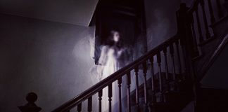 21 People Share their Creepiest Experiences of Paranormal Activity