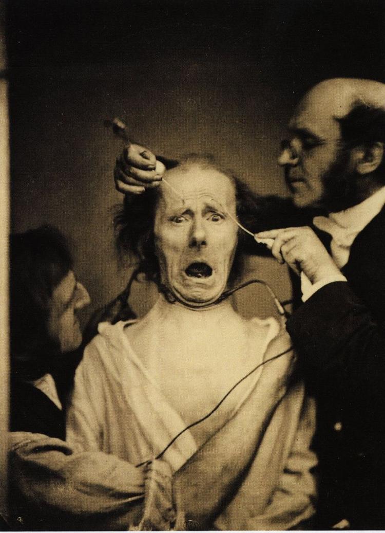 20 photographies anciennes horribles qui hanteront vos rêves