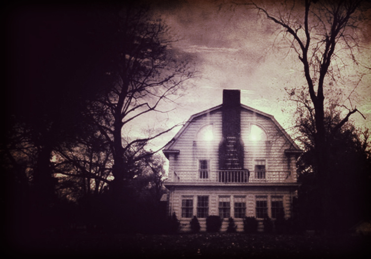 """is the amityville horror true The amityville horror: unveiling the """"true"""" story behind the fiction march 2, 2018 erik spirits, ghosts & hauntings 0 on the 13th of november, 1974 six members of the defeo family were shot."""
